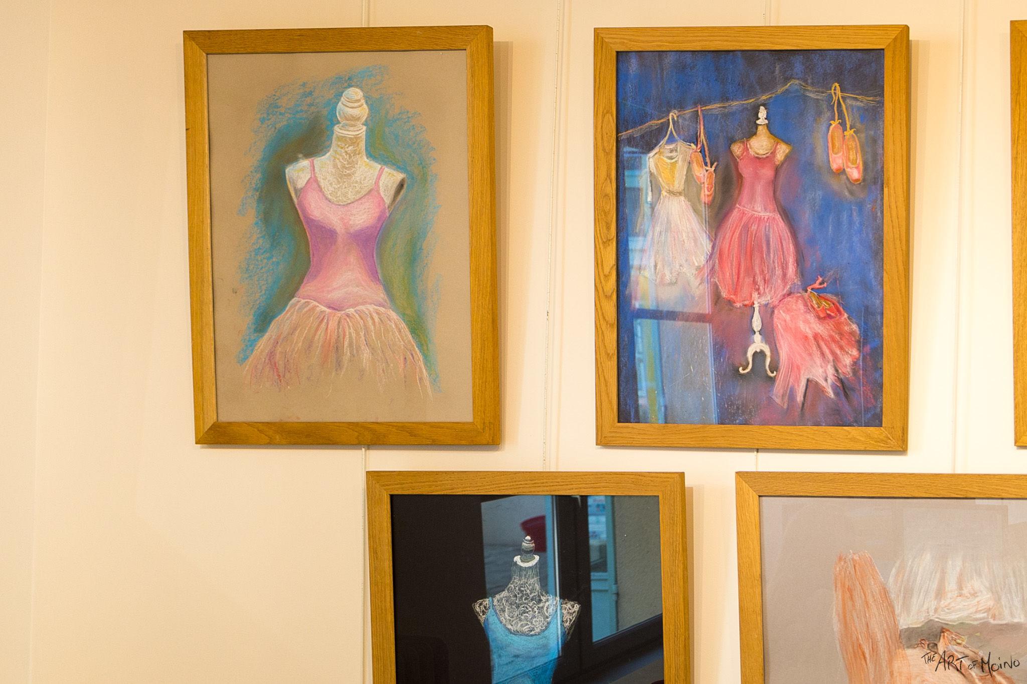 (en haut à gauche) Mon dessin au pastels, à la mini-expo de l'Usine à Chapeaux à Rambouillet