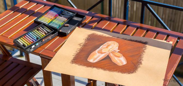 Je débute le dessin au pastel... je prends l'air, et je bronze au soleil ! :D